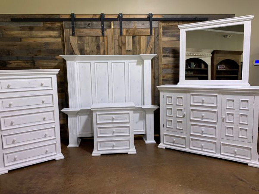 Picture of RUSTIC WHITE WITH GRAY GREEK QUEEN SET